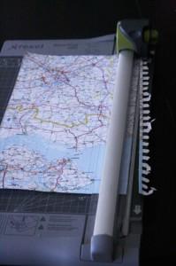 fabriquer une guirlande avec des avions en papier