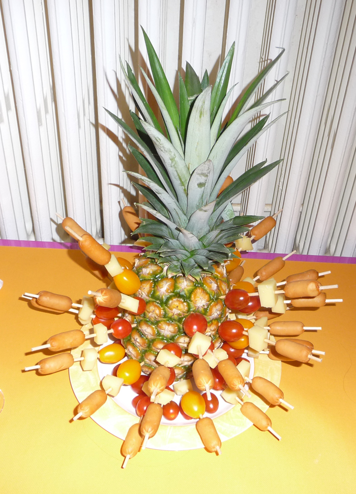 brochettes piquées ananas