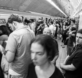 métro heure de pointe