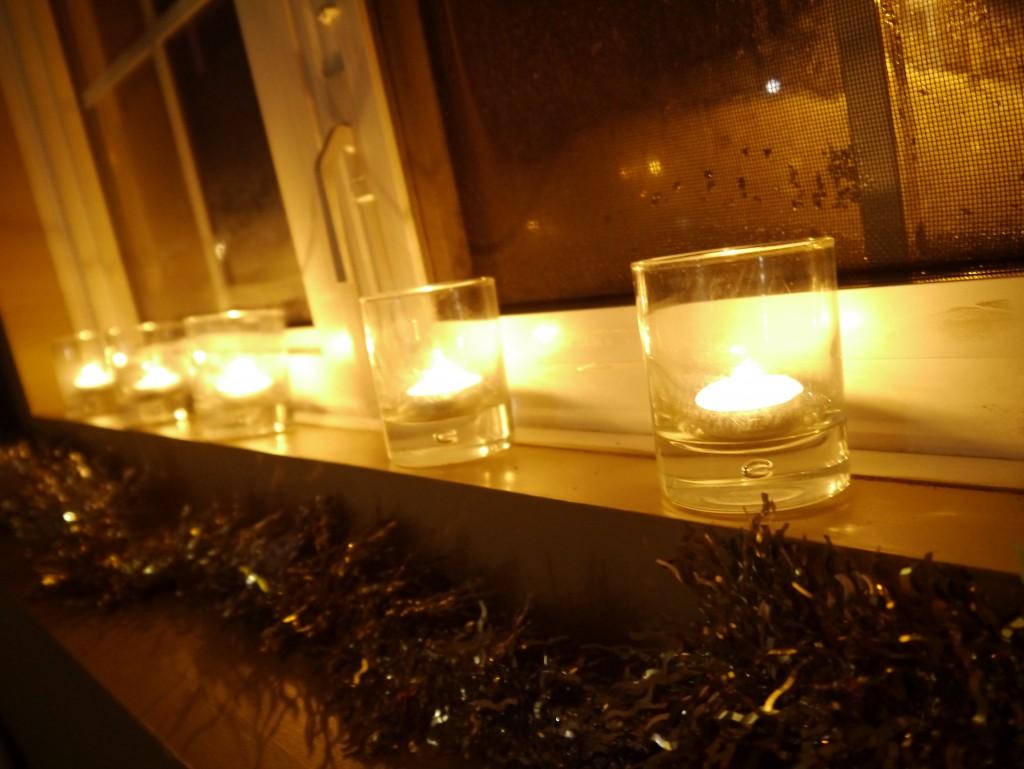 contre le froid : allumer des bougies pour une ambiance chaleureuse
