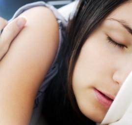 Femme dormant