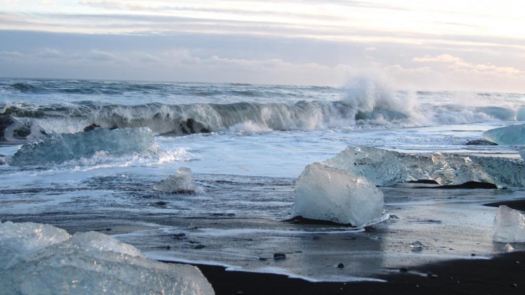Jokulsarlon côté plage de sable noir