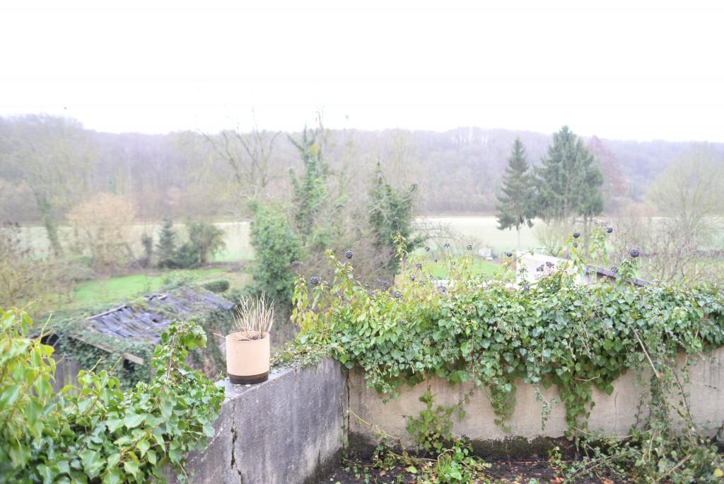 terrasse maison abandonnée
